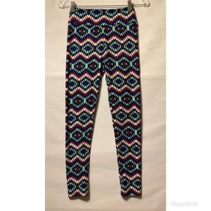 Lularoe One Size Print Leggings NWOT Tribal Print